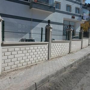 betonarme desenli bahçe duvarı yapımı