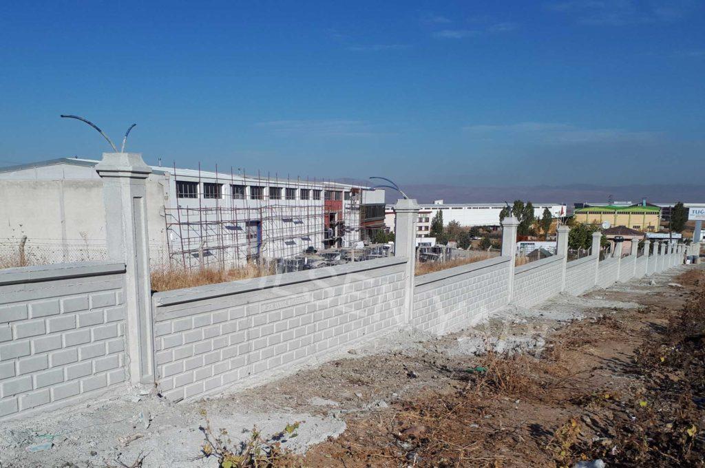 desenli beton bahçe duvarı yapımı